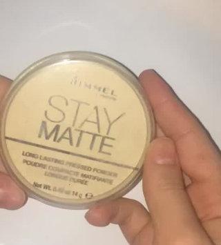 Video of Rimmel London Stay Matte Pressed Powder uploaded by Ömer B.