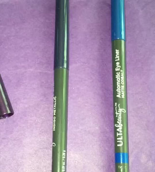 Video of ULTA Automatic Eye Liner uploaded by PiecesOf C.