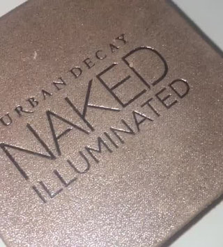 Video of Urban Decay Naked Illuminated Shimmering Powder for Face and Body uploaded by Joey E.