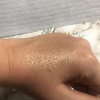 Anastasia Beverly Hills Amrezy Highlighter light brilliant gold uploaded by Nicole A.