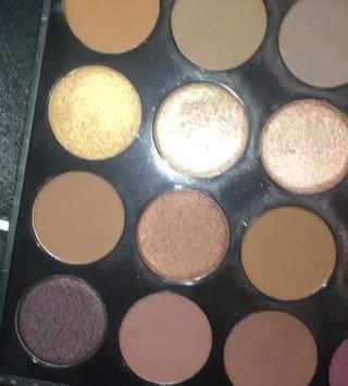 Video of Morphe 25B Bronzed Mocha Eyeshadow Palette uploaded by Marina🧡 m.