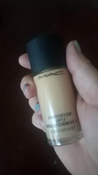 Video of M.A.C Cosmetic Studio Fix Fluid SPF 15 uploaded by Azra D.