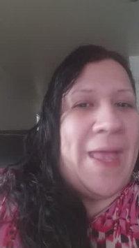 Video of Aveeno® Daily Moisturizing Body Wash uploaded by Marisol V.