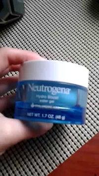 Video of Neutrogena® Hydro Boost Gel-Cream Extra-Dry Skin uploaded by Astrea D.