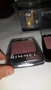 Video of Rimmel Lasting Finish Blendable Powder Blush Berry uploaded by Esthefany V.