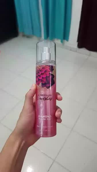Bath and Body Works a Thousand Wishes Diamond Shimmer Mist 8 Fl Oz uploaded by Tania B.