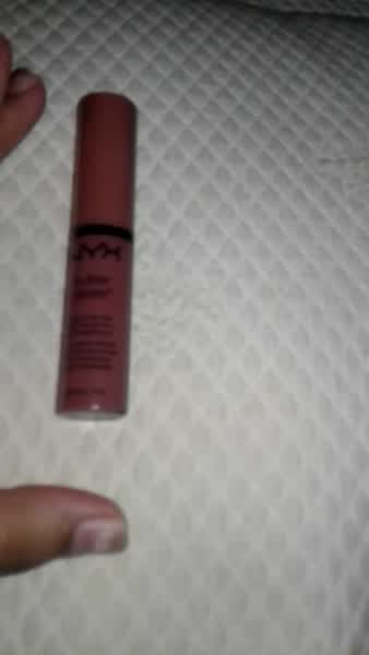 NYX Cosmetics Butter Gloss uploaded by Dulce D.
