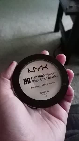 NYX HD Finishing Powder Banana uploaded by Jacquelin A.