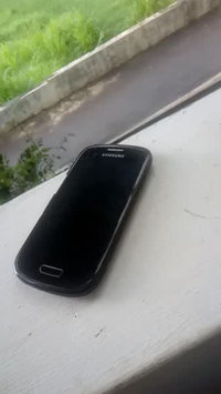 Video of Samsung Galaxy S3 Mini I8200 8GB Value Edition Unlocked Cell Phone uploaded by Kareena D.