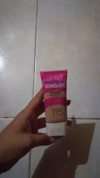 Video of COVERGIRL Ready Set Gorgeous Foundation uploaded by Melissa B.