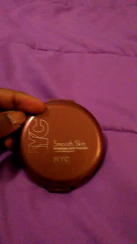 Video of NYC Smooth Skin Bronzing Face Powder uploaded by candace c.