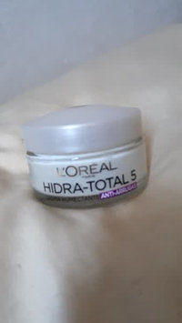 Video of L'Oréal Paris Hydra-Total 5 Ultra-Soothing Ritual uploaded by Claudia v.